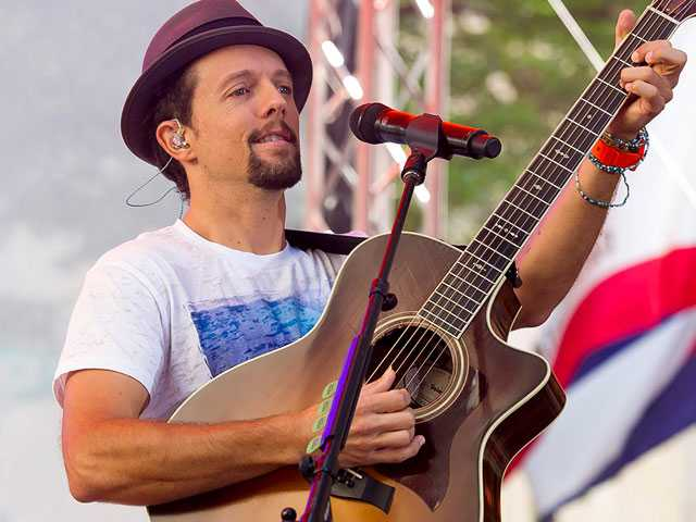 Singer Jason Mraz Opens Up About His Sexuality