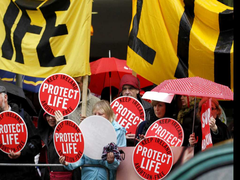 UK Faces Calls to Liberalize N. Ireland's Abortion Laws