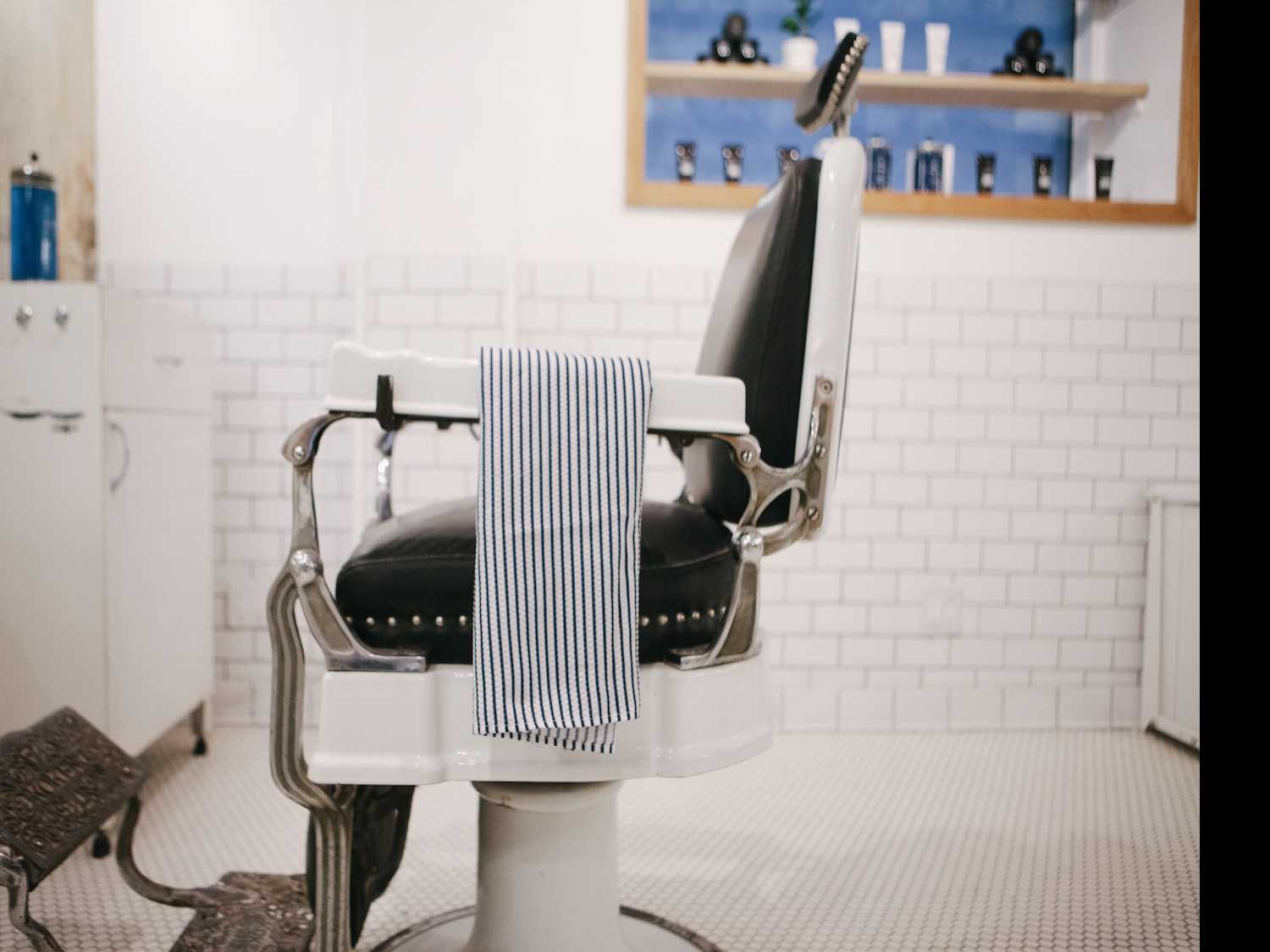 Blind Barber Opens at Moxy Times Square