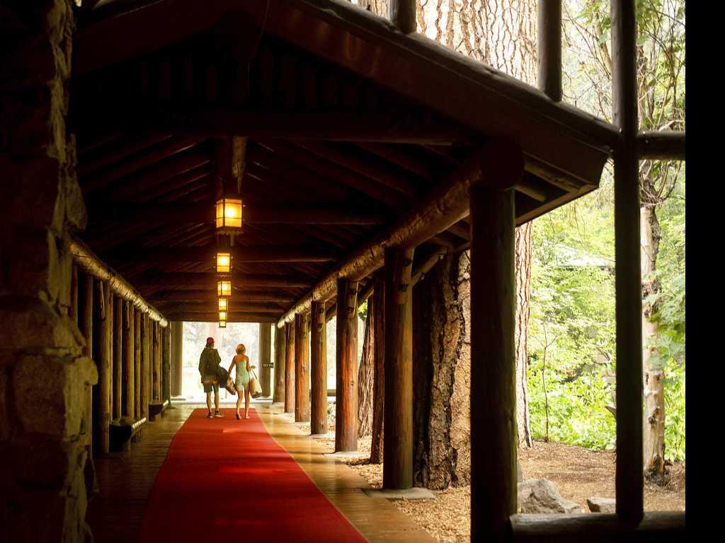 'Hazardous' Smoke Shuts Yosemite During Peak Tourist Season