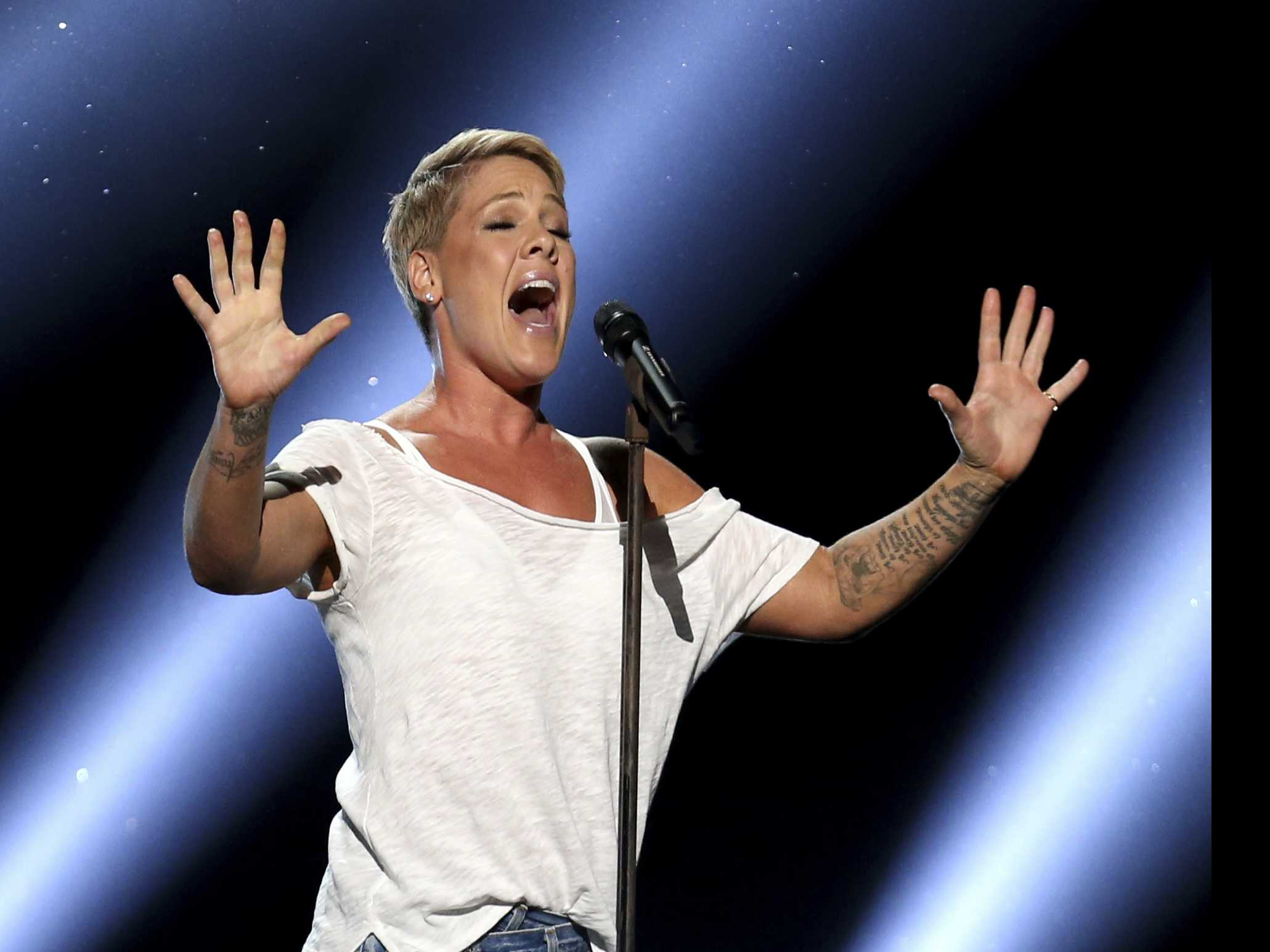 P!nk in Sydney Hospital with Stomach Virus, Cancels 3rd Show