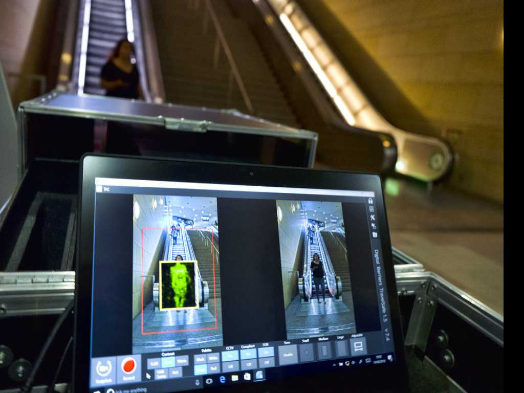 Los Angeles Installs Subway Body Scanners