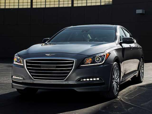 Edmunds Picks 6 Used Luxury Vehicles Under $36K