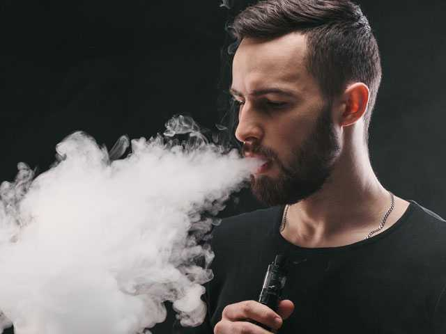 UK Lawmakers Urge Government to Relax Rules on E-Cigarettes