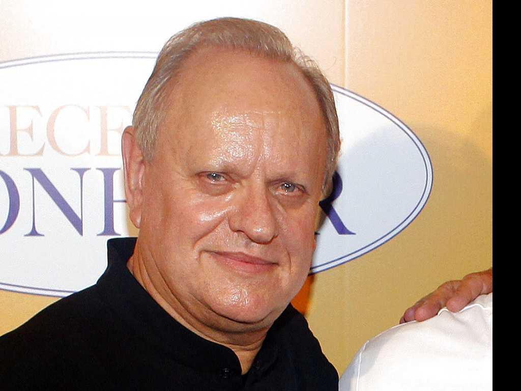 Culinary Greats Honor Late French Master Chef Joel Robuchon