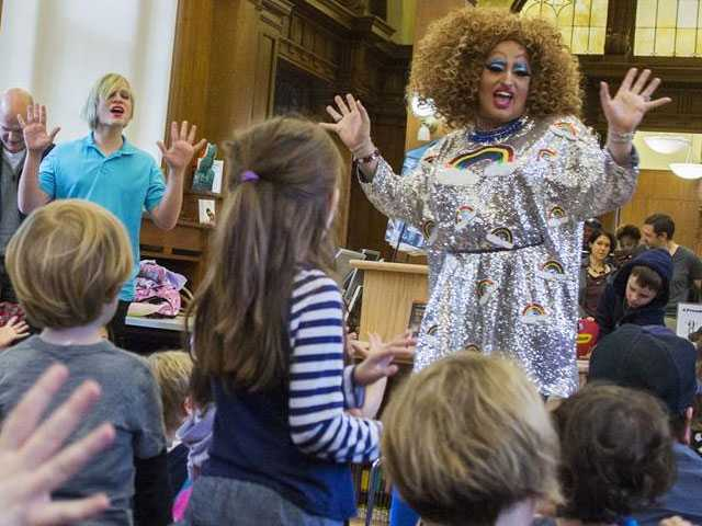 Louisiana Library Plans 'Drag Queen Story Time' for Children