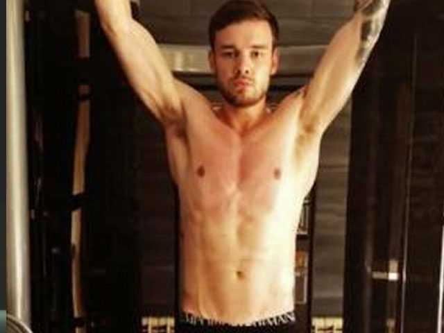 PopUps: Fans Notice Something Bulging in Liam Payne's Yoga Pic