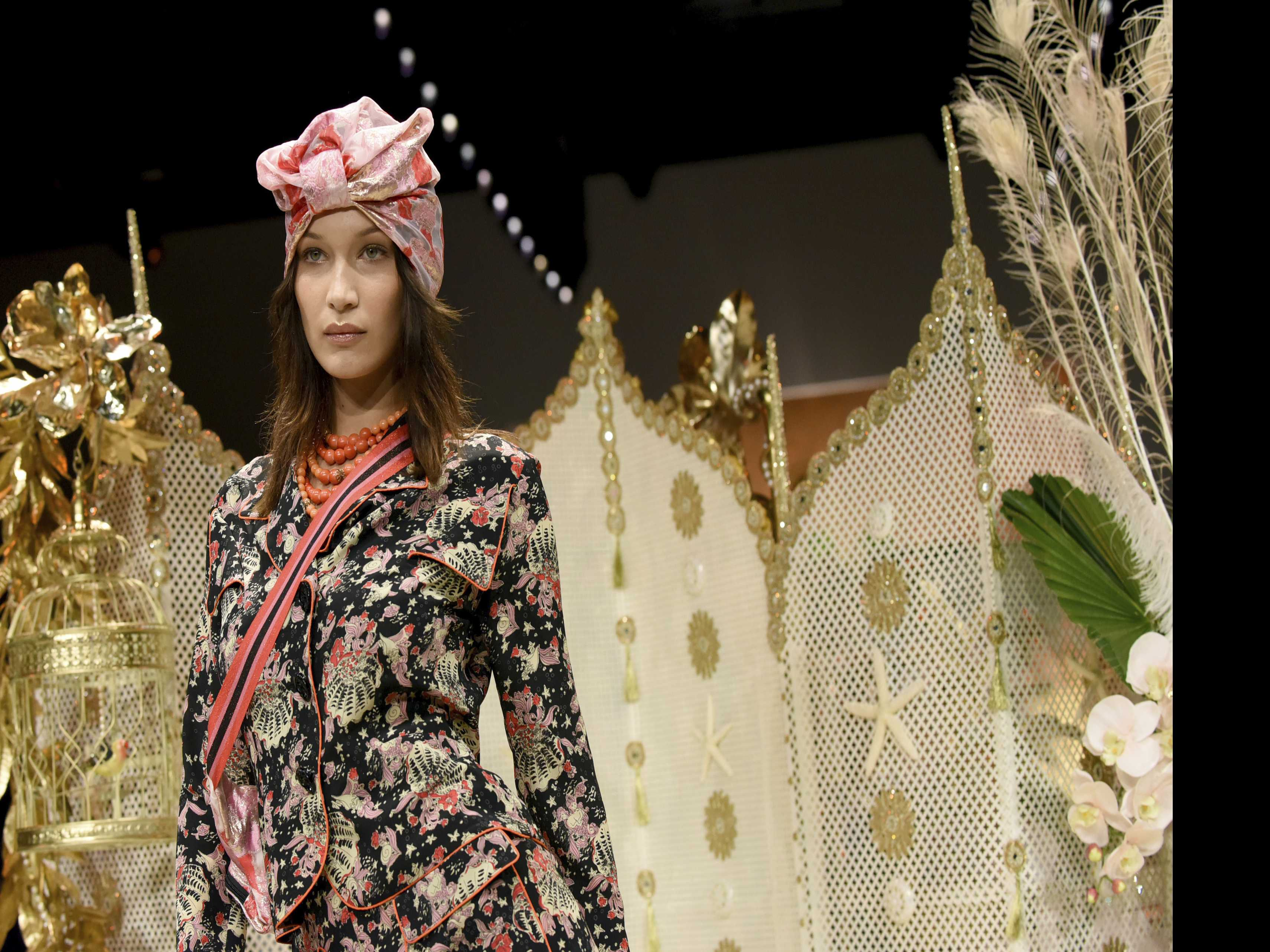 Anna Sui Opens a Grand Bazaar at NY Fashion Week