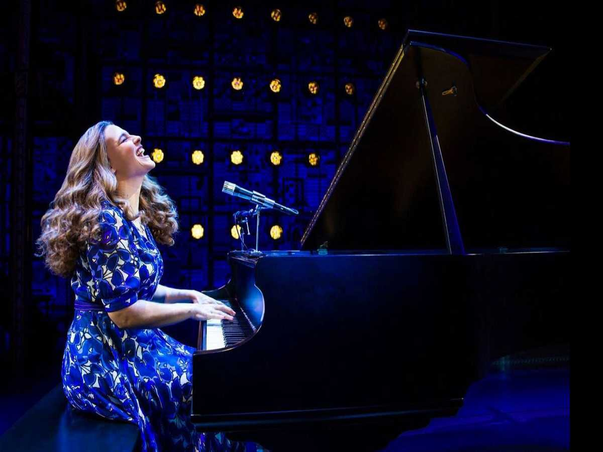 Review :: Beautiful - The Carole King Musical