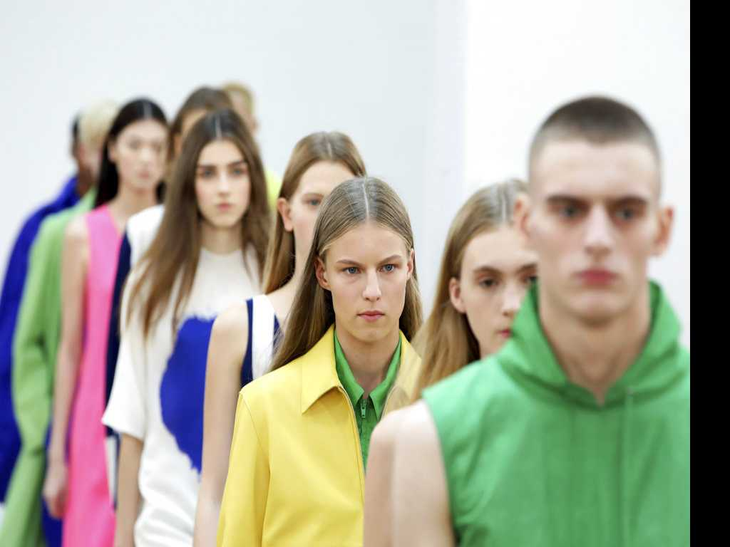 First Look at London Fashion Week