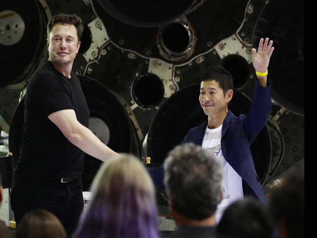 SpaceX's First Traveler is Japanese Business Tycoon