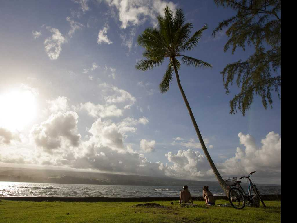 Campaign Calls on Hawaii Tourists to be Respectful
