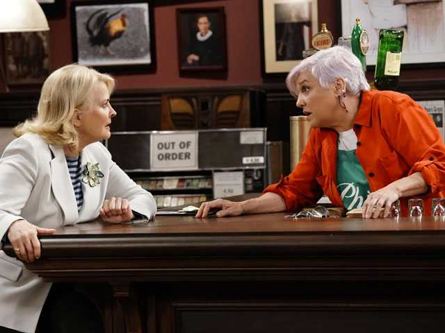 CBS' 'Murphy Brown' is Back, Ready to 'Make Some Noise'