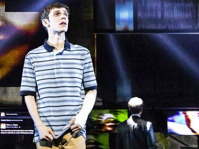 Award-Winning 'Dear Evan Hansen' Musical Spreads its Wings