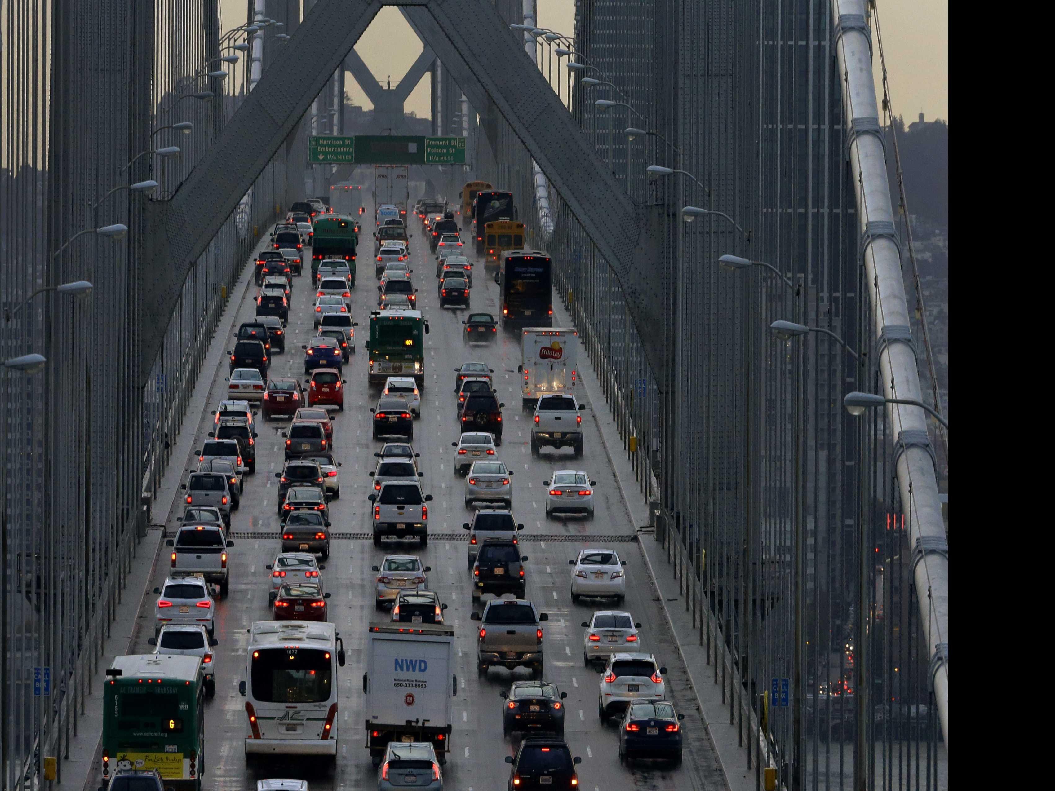 California Affirms Car Mileage Rule Despite Trump Rollback
