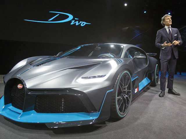 New Electrics Are Stars of Paris Auto Show