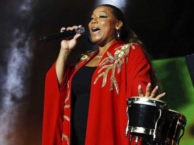 Queen Latifah Declines Award, Citing 'Personal Reasons'