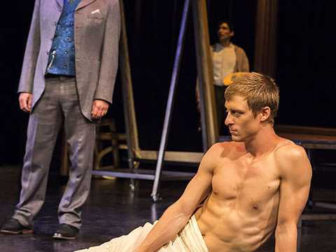 Review :: The Picture of Dorian Gray