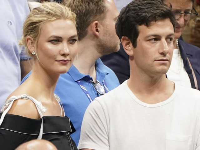 Model Karlie Kloss Marries Jared Kushner's Brother