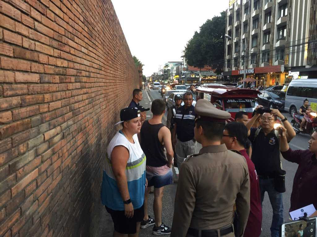 Tourists Face 10 years in Jail for Spraying Thai Wall