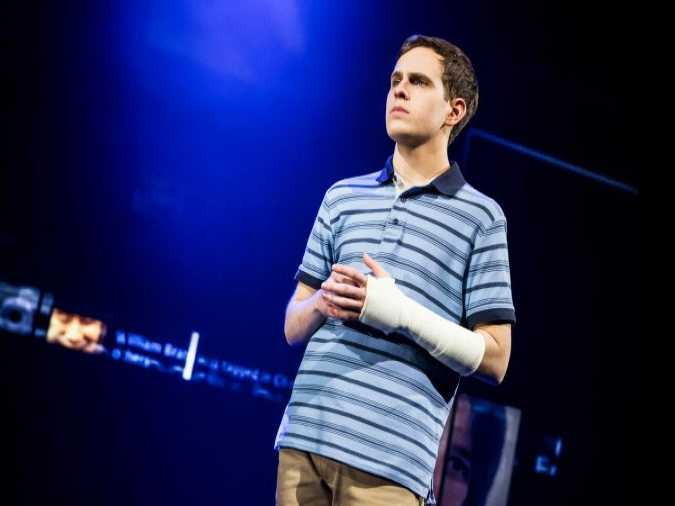 Review :: Dear Evan Hansen