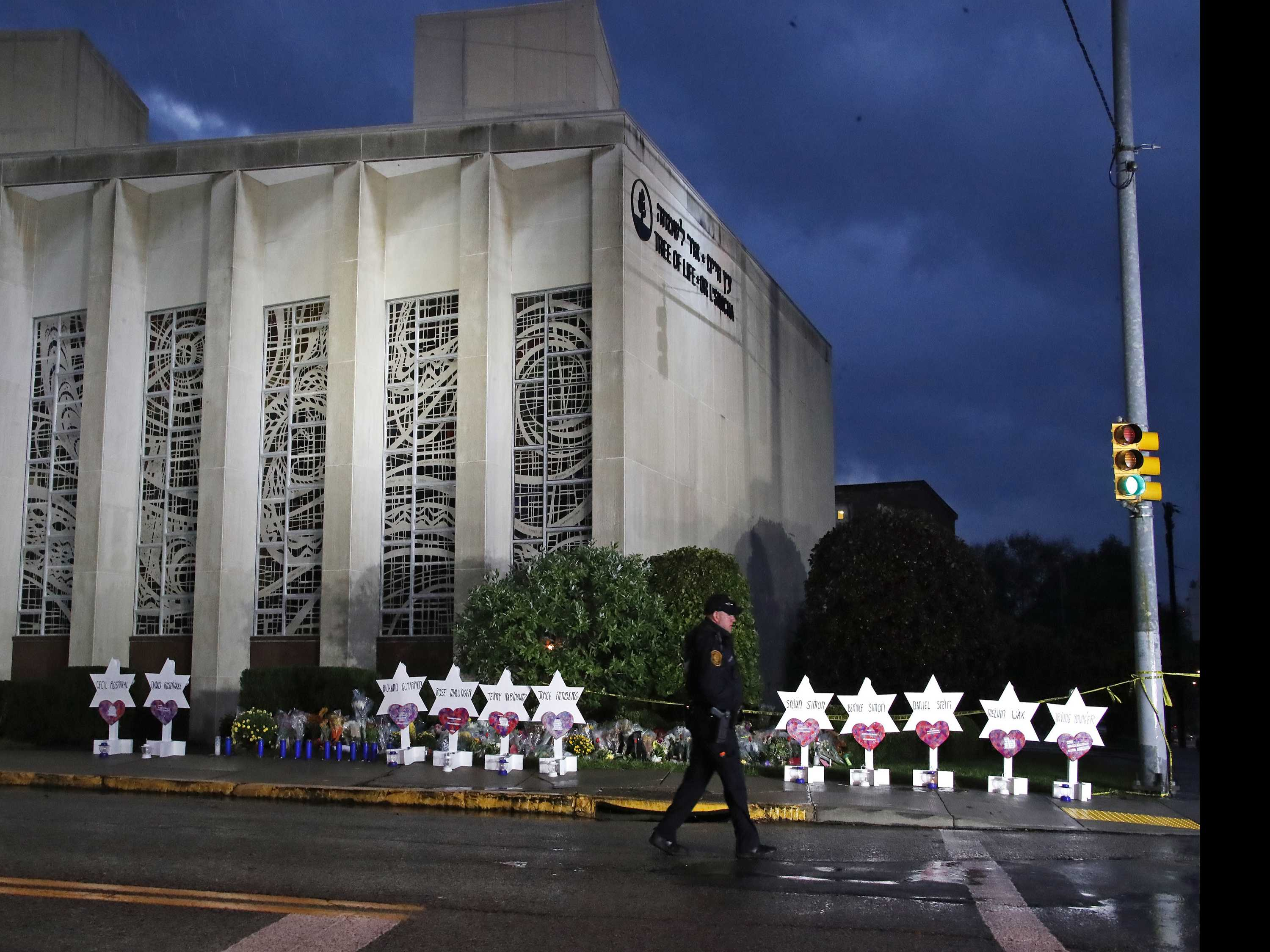 Online Rants by Would-Be Shooters Create Dilemma for Police