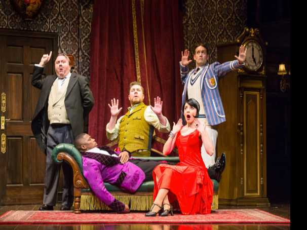 Review :: The Play That Goes Wrong