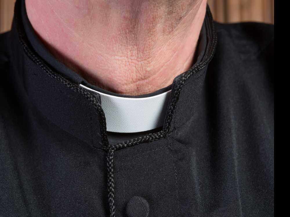 Feds: Priest Lied About Cancer in Scam to Raise Money