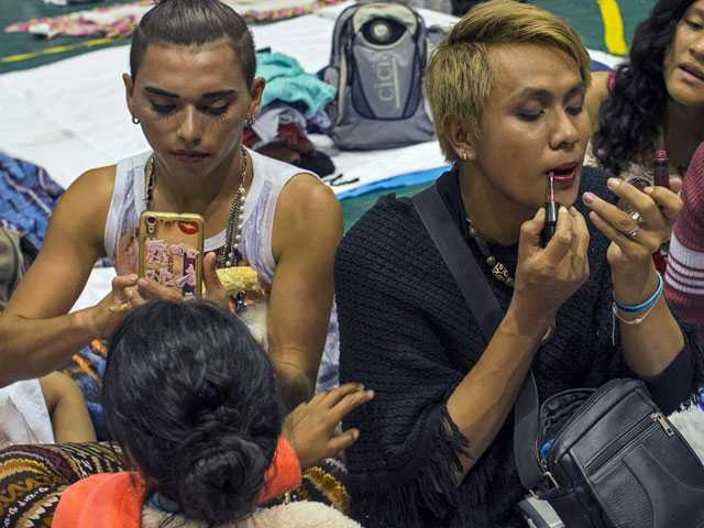 In Mexico Caravan, LGBTQ Migrants Stick Together for Safety