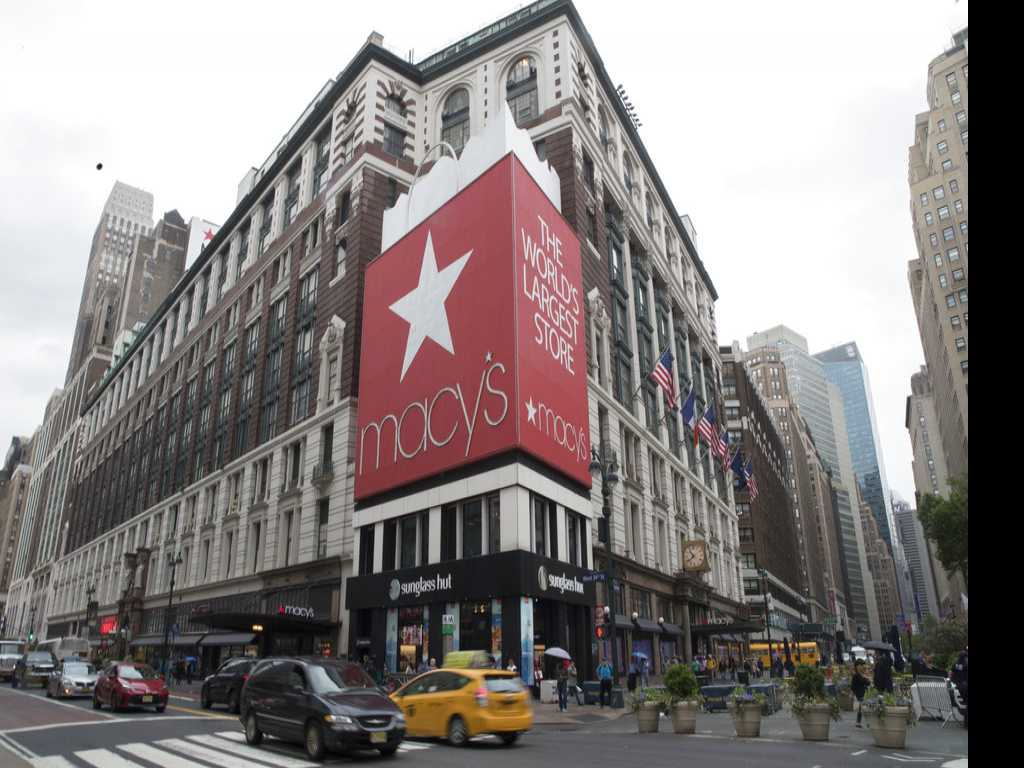 Macy's Charges Into Holiday Shopping Season