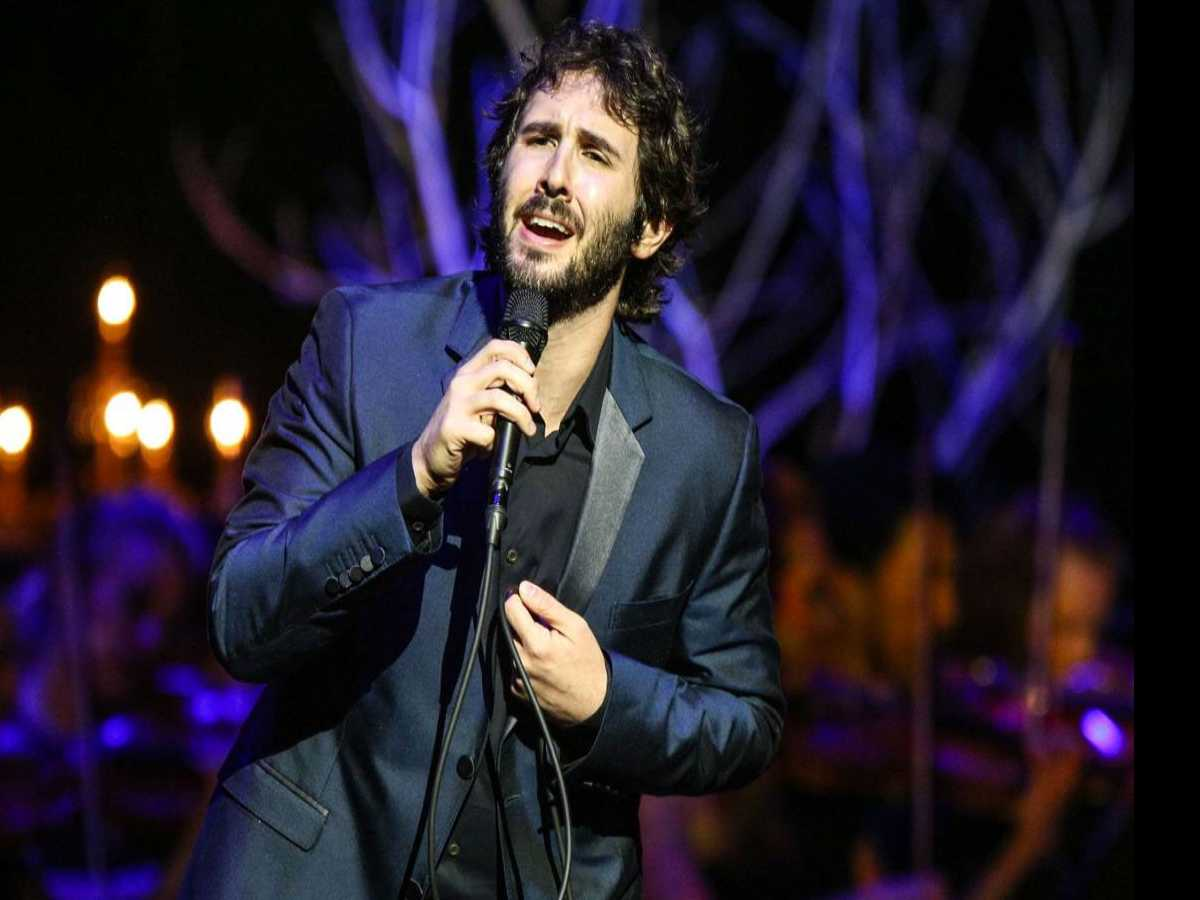 Review :: Josh Groban. Boston TD's Garden. 11.9.17