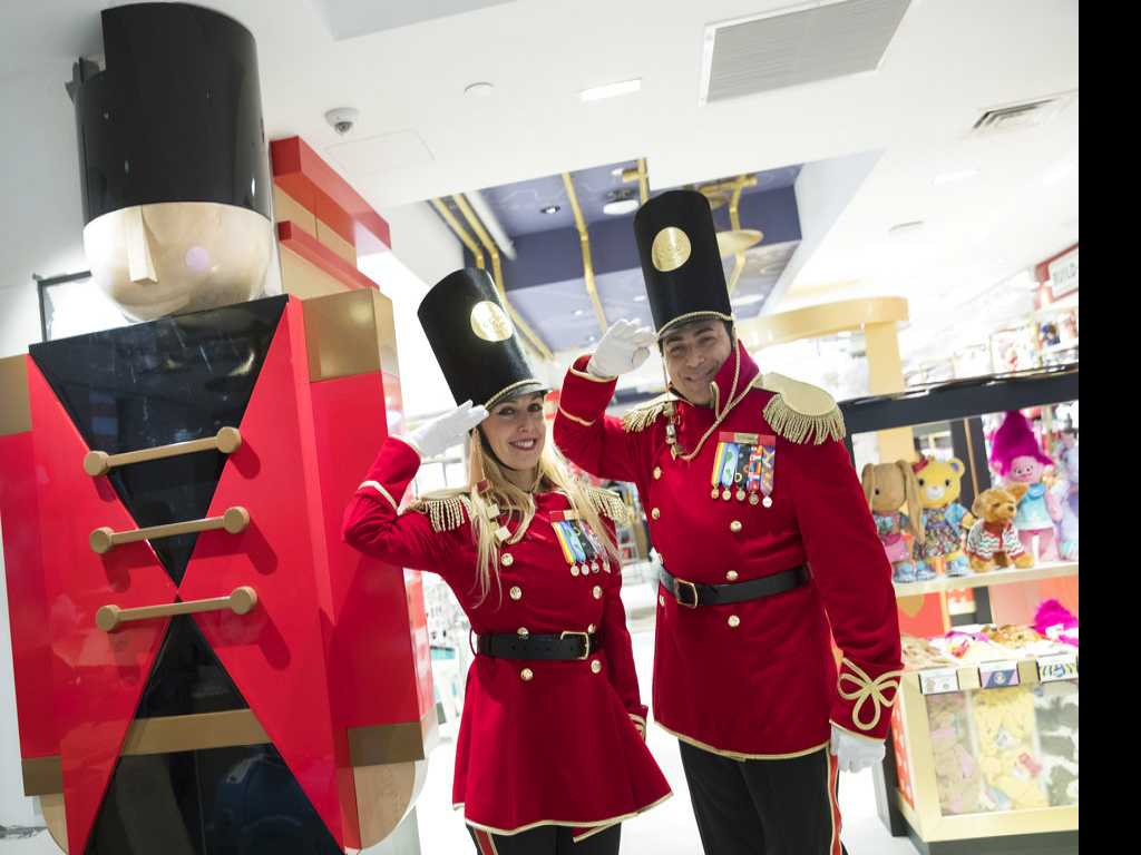 FAO Schwarz Makes a Comeback