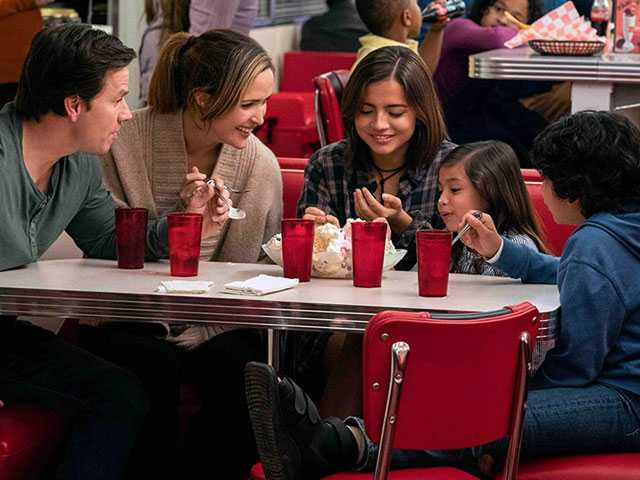Sean Anders Turns His 'Instant Family' Experience into A Hollywood Comedy