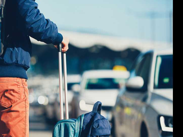 5 Easy Tips to Stay Fit While Traveling