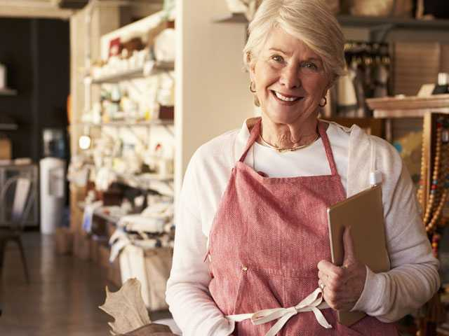 Invest in the Company or Retirement? More Owners Opt to Save