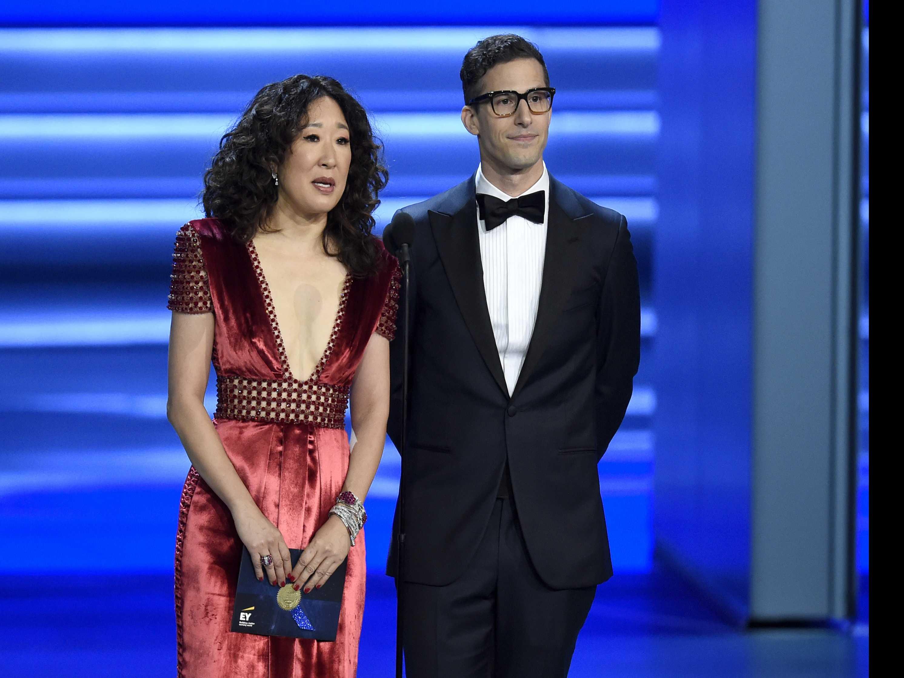 Sandra Oh, Andy Samberg to Host Golden Globe Ceremony