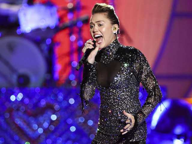 PopUps: Miley Cyrus Sort of Confirms 'Black Mirror' Role
