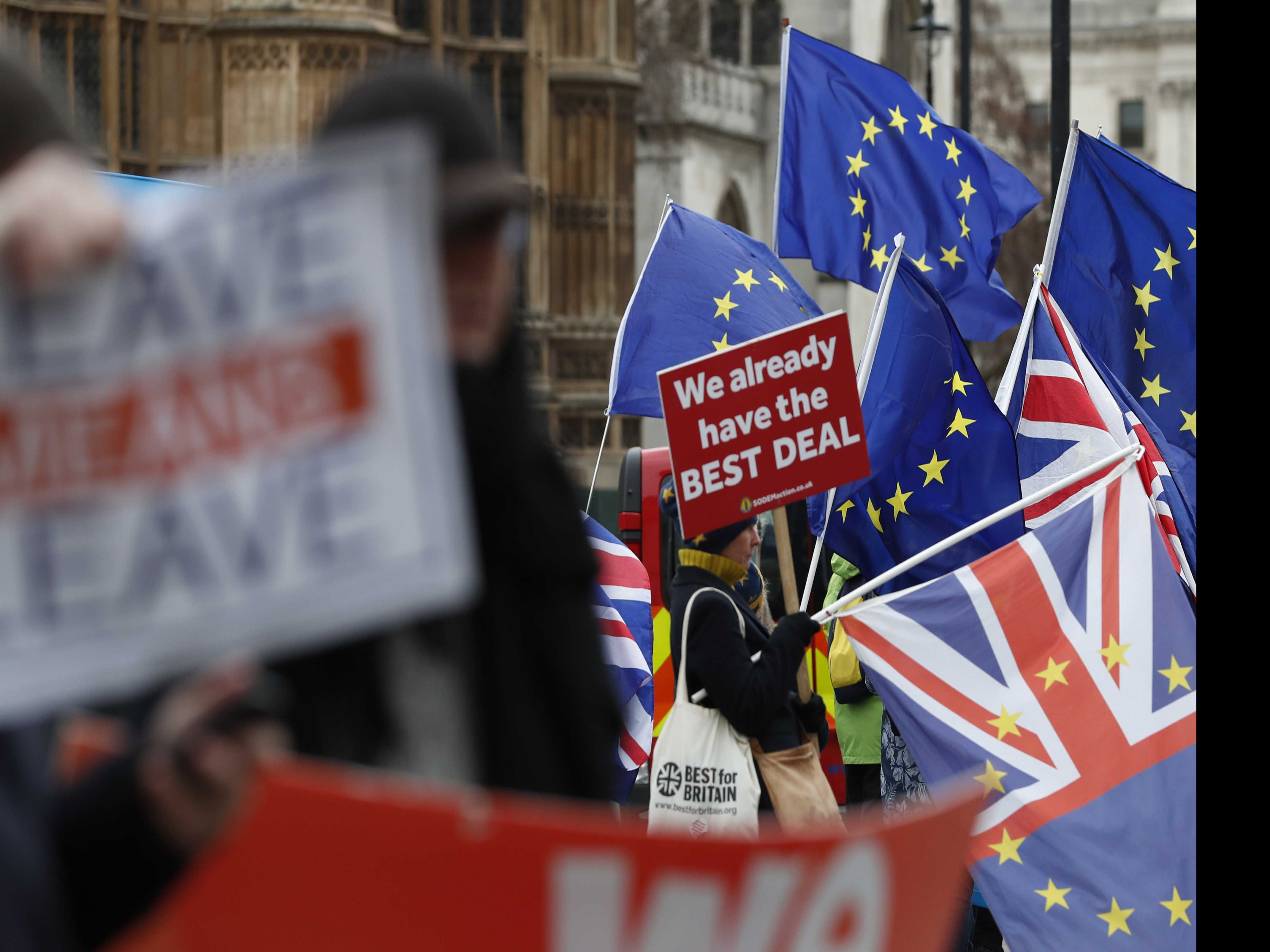 UK to Unveil Post-Brexit Immigration Plan Amid Business Fear