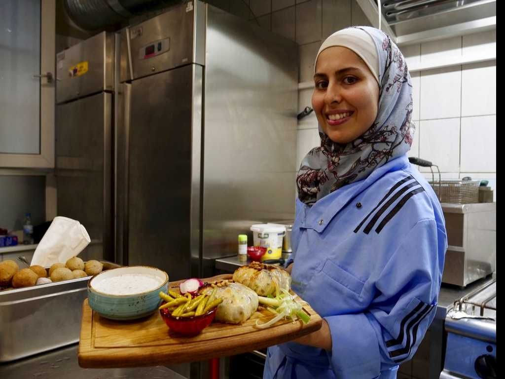 A Taste of Home: Syrian TV Chef Opens Berlin Restaurant