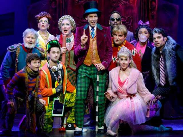 Review :: Charlie and the Chocolate Factory