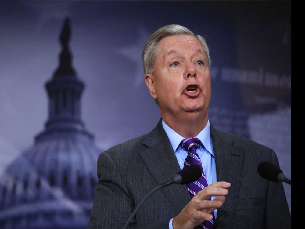 Graham says Trump Isn't Giving in on Southern Border Wall