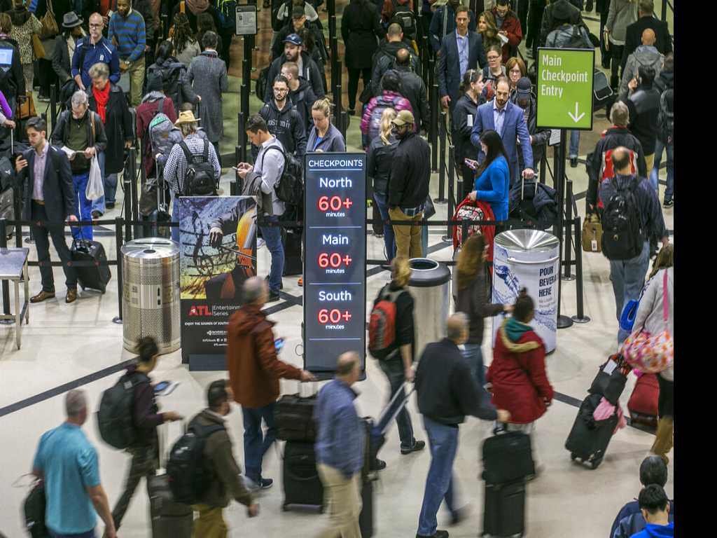 Atlanta Airport: More Than an Hour of Waiting at Checkpoints