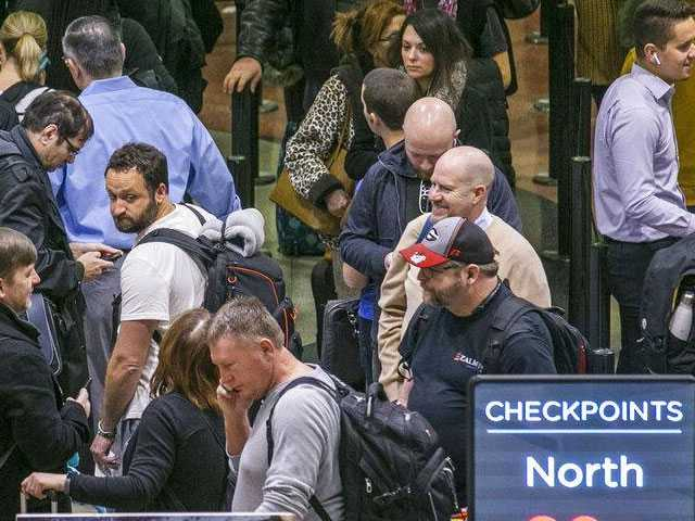Airport Security Screener No-Shows Soar