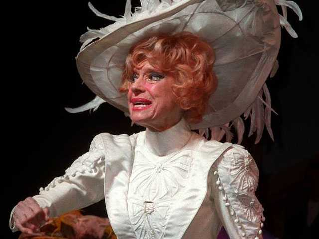 Dolly Bids Adieu: Remembering Carol Channing