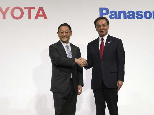 Toyota, Panasonic Announce Venture for Green Auto Batteries