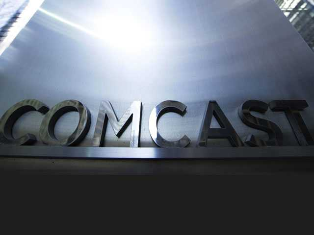 Comcast Loses Cable Users, but Internet Subscribers Rise