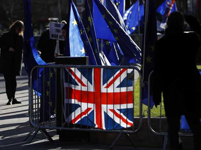 UK Carmakers Issue Stark Warning on Brexit