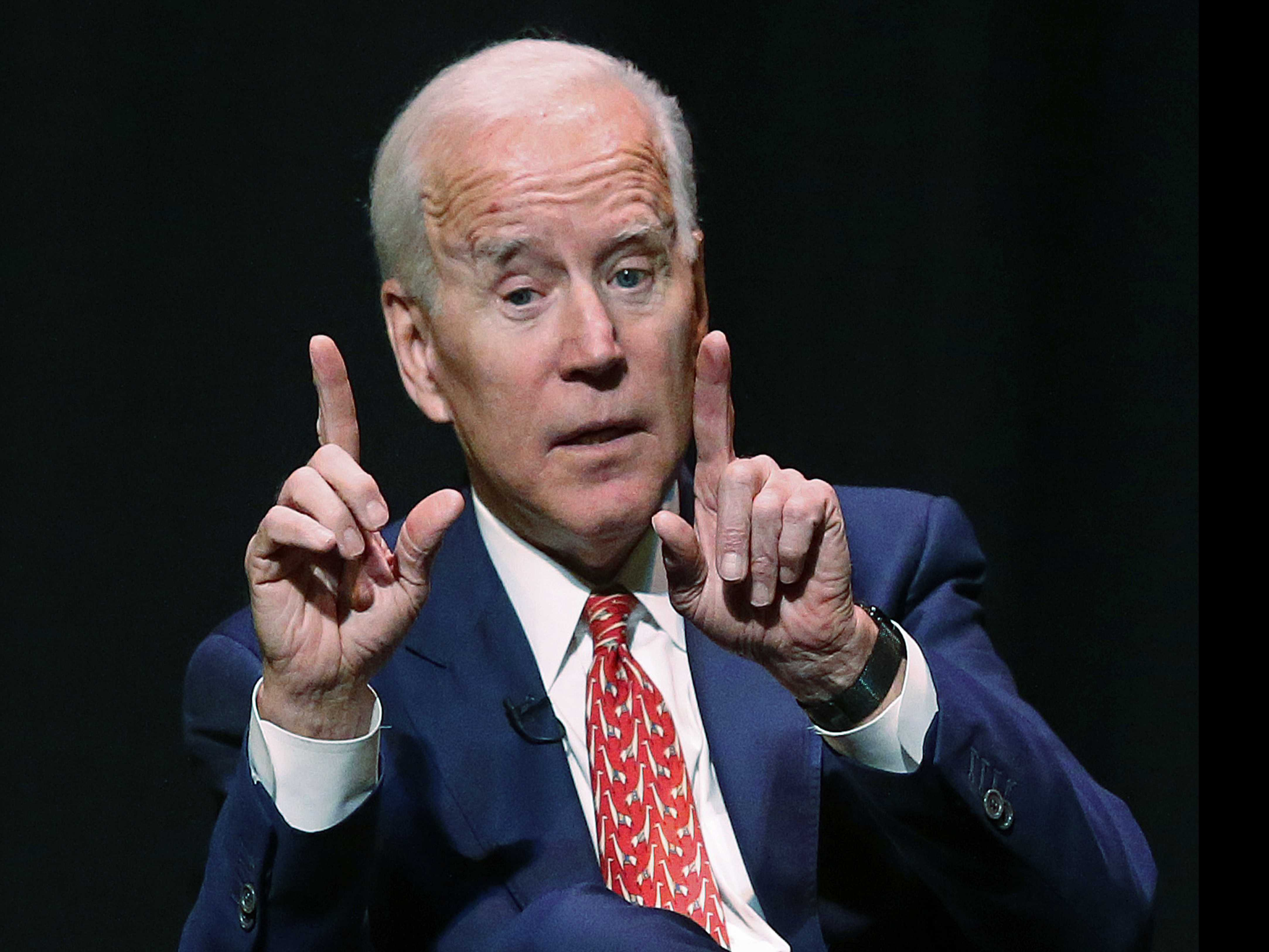 As Democratic Field Expands, Biden Waits on the Sidelines