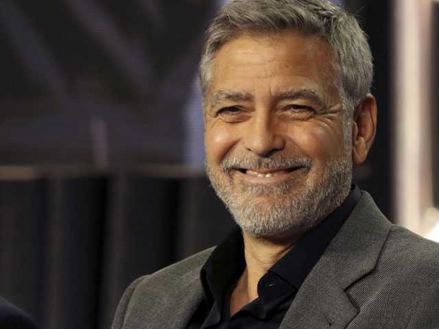Clooney Returns to High School Read 'Catch 22' for Hulu Show