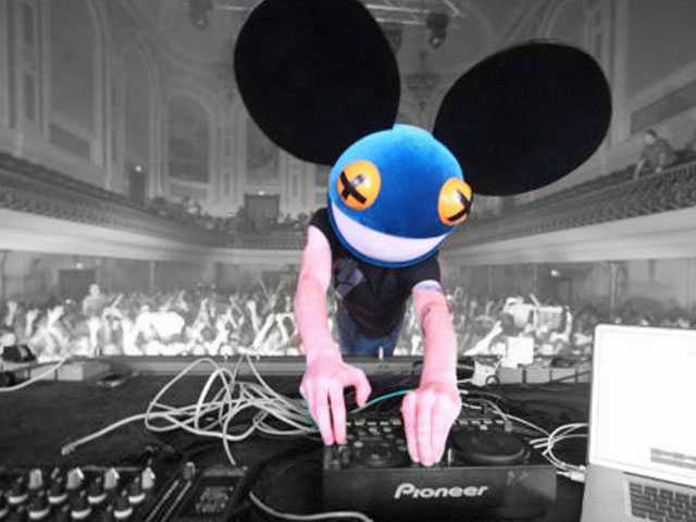 DJ Deadmau5 Gets Called Out for Using Gay Slurs in Twitch Tirade, Refuses to Apologize